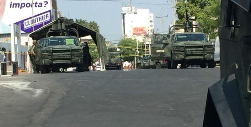 Militares aseguran inmueble por la avenida Juárez
