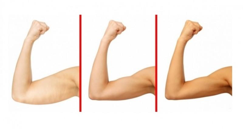 Cómo hacer ejercicios para brazos sin pesas en casa
