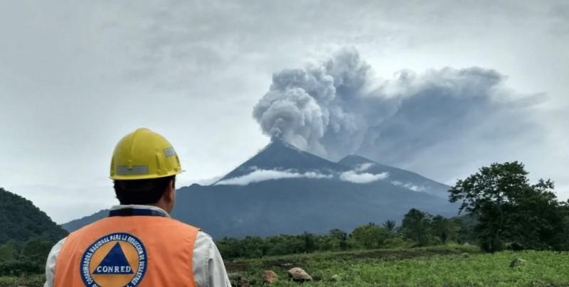 Sin mexicanos afectados por erupción del Volcán de Fuego: Embajador de México