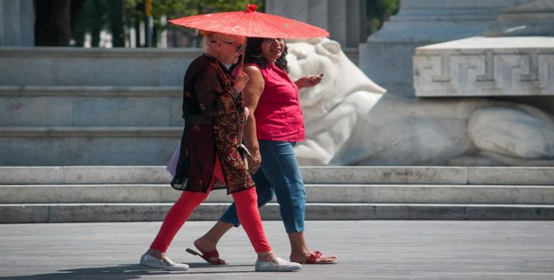Temperaturas de hasta 50 grados en nueve regiones del país