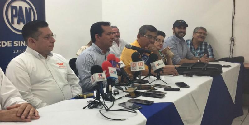 La competencia está entre dos coaliciones en México