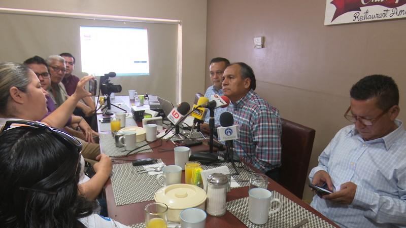 Asesores despedidos de la UAIS piden investigación