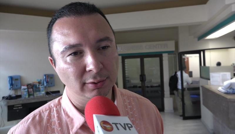 Hoteleros y comerciantes esperan una solución al conflicto transportista