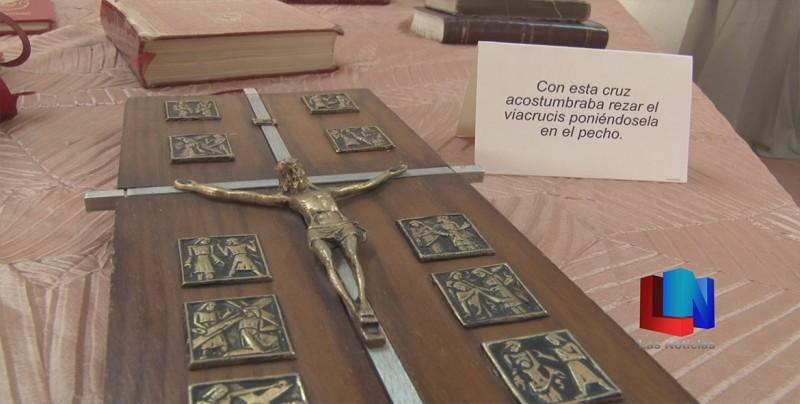 Exponen objetos personales de Obispo emérito