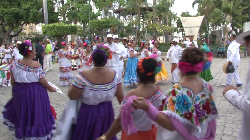 Mazatlán se contagia de la Danza Mexicana