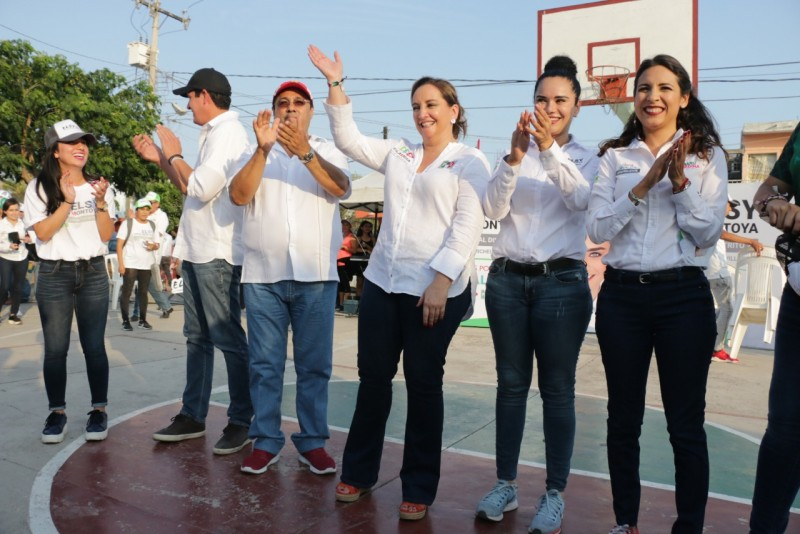 """Candidatos de """"Todos por México"""" en la Pancho Villa"""