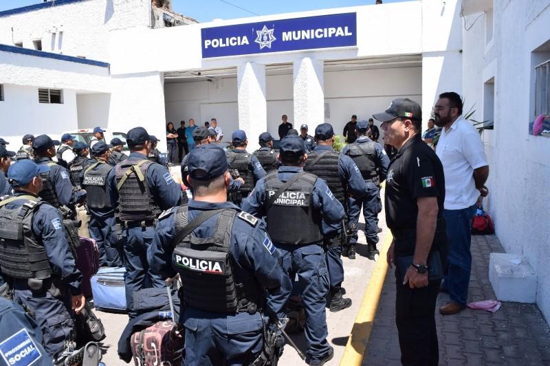 En un mes llegarían más policías: Alcalde