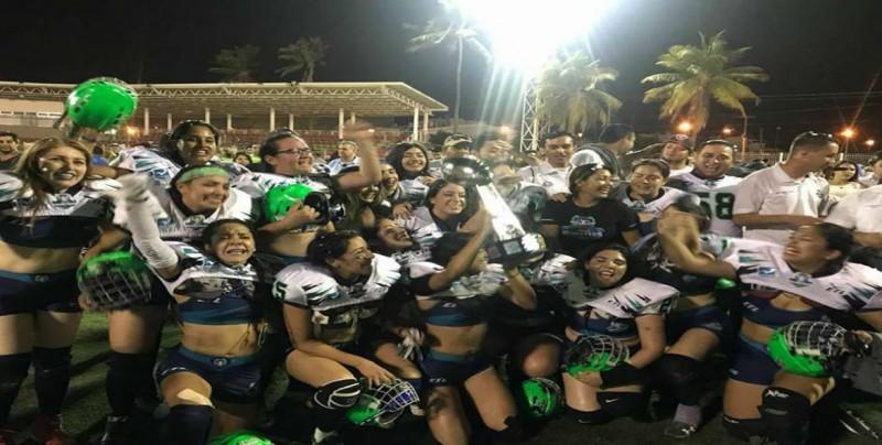 Pretty Monster campeonas de la Liga de Futbol del Pacifico