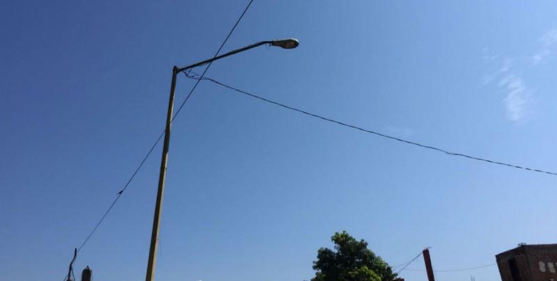 Desde hace 15 días no sirven lámparas en la Miguel Alemán