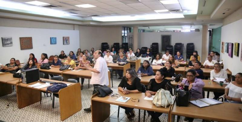 Evalúan a personal de bibliotecas públicas de Sinaloa