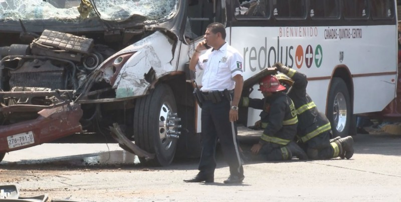 Suspenden gafete de chofer que provocó accidente