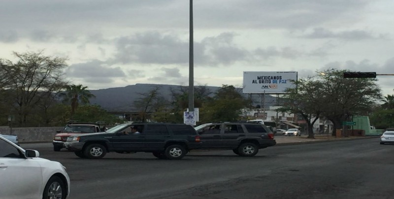 No funcionan semáforos por Colegio Militar y Ciudades Hermanas