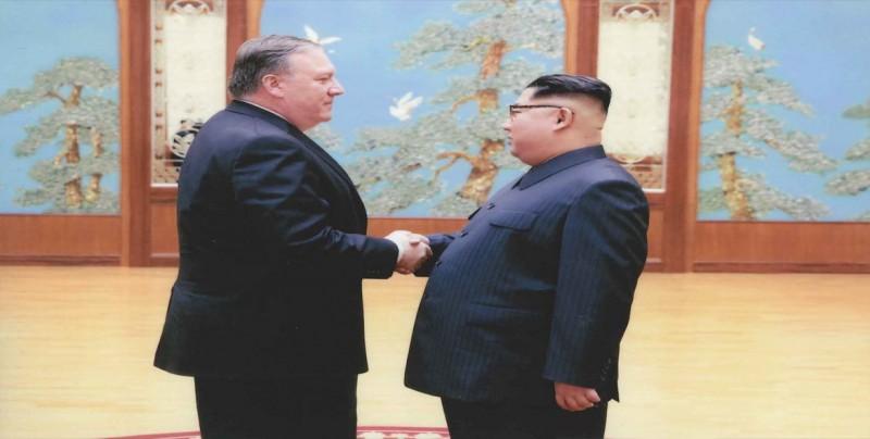 Pompeo y Wang acuerdan no relajar sanciones a Pyongyang sin desarme previo