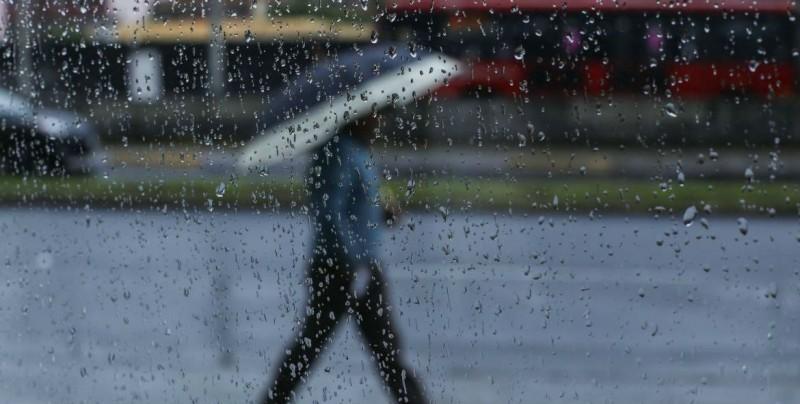 Onda tropical 9 traerá tormentas en el sur, centro y occidente del país