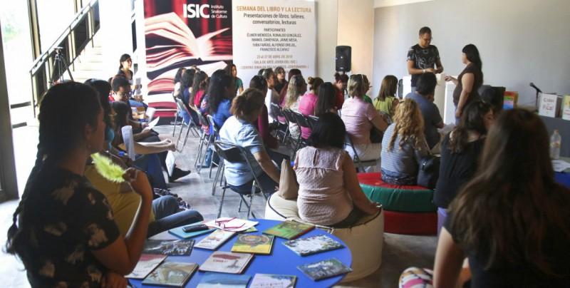 Imparte taller de Formación de Cuentacuentos ISIC
