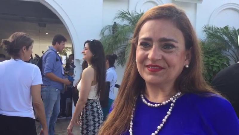 Acude Sylvia Treviño a emitir su voto