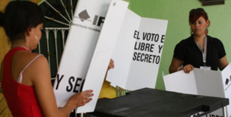 Comienza el complejo recuento de las mayores elecciones de México