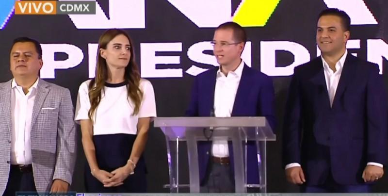 Anaya reconoce el triunfo de Obrador y le expresa su felicitación