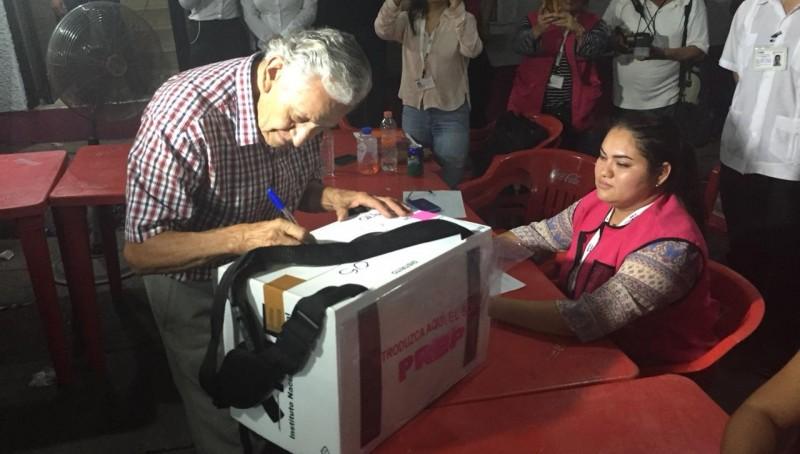 Llega el primer paquete a la junta distrital ejecutiva del 05 distrito electoral