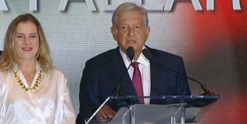 """Quiero pasar a la historia como un buen presidente de México"": AMLO"