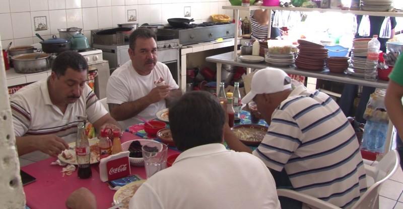 Incrementan ventas en restaurantes de mercado Pino Suárez