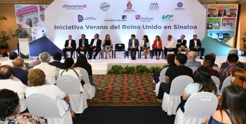 104 estudiantes se benefician con la Iniciativa Verano del Reino Unido en Sinaloa