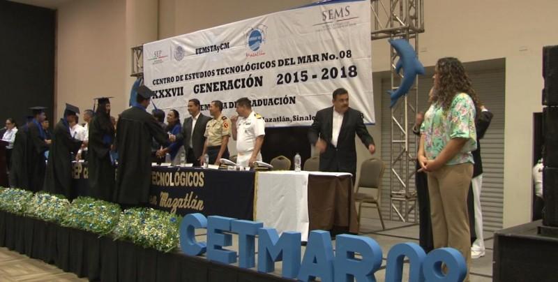 Culmina estudios generación 2015-2018 en CETMAR