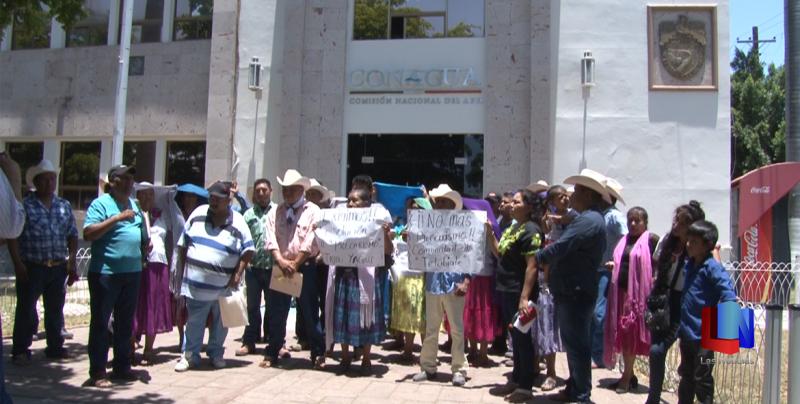 Se manifiestan indígenas Yaquis en Navojoa