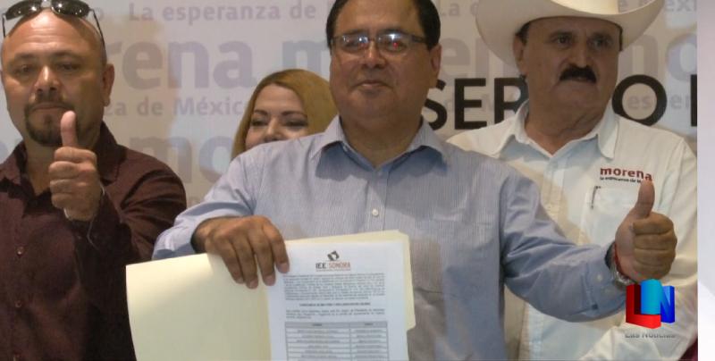 Recibió alcalde electo constancia de mayoría