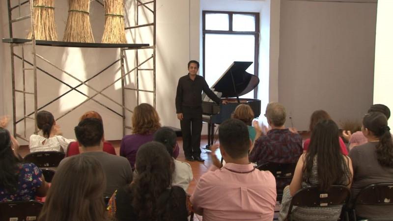 Se realiza concierto del pianista, Rivera Gómez