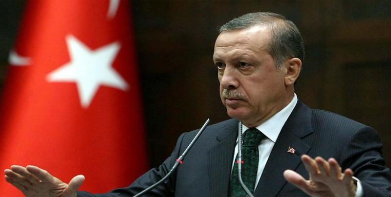 Erdogan inicia su presidencia ejecutiva otorgándose más poderes por decreto