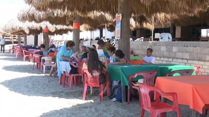 Reportan robos y asaltos en la playa de El Maviri