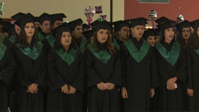 Egresan de CONALEP más de dos mil 200 estudiantes