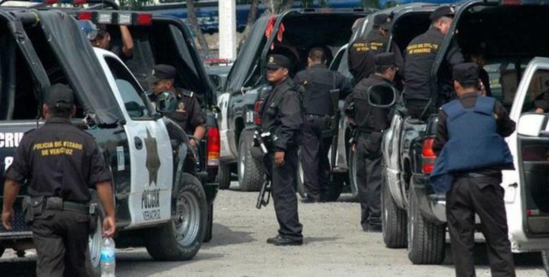 Seis muertos en dos ataques a policías en Veracruz