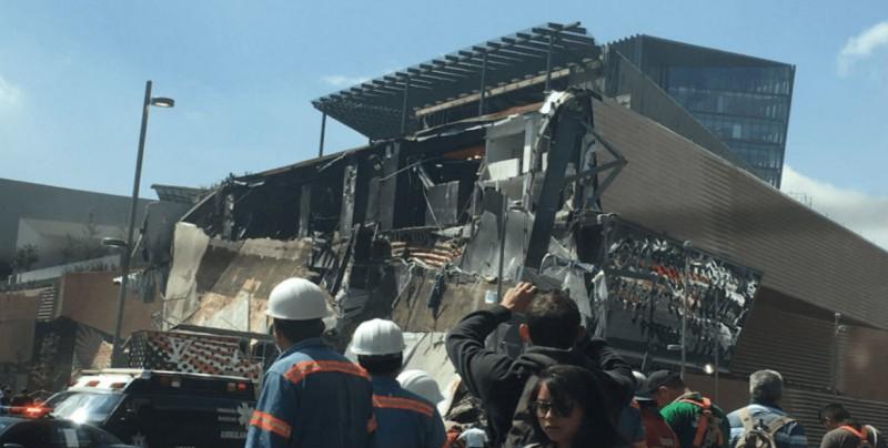 Se derrumba parte de centro comercial en San Jerónimo, CDMX