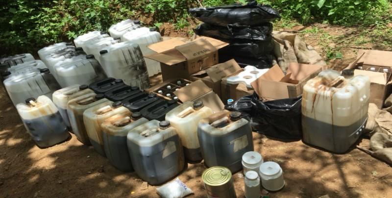 Militares aseguran goma de Opio y centro de acopio en Badiraguato
