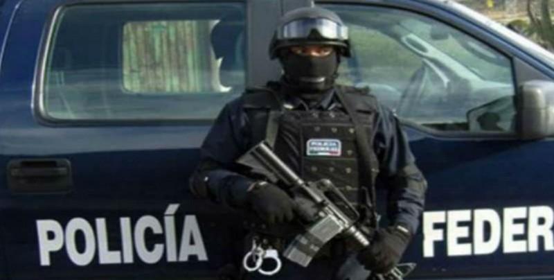 Manelich Castilla pide a AMLO conocer a la Policía Federal