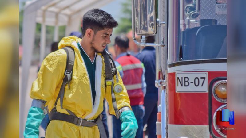 En Navojoa, bomberos se capacitan contra sustancias químicas