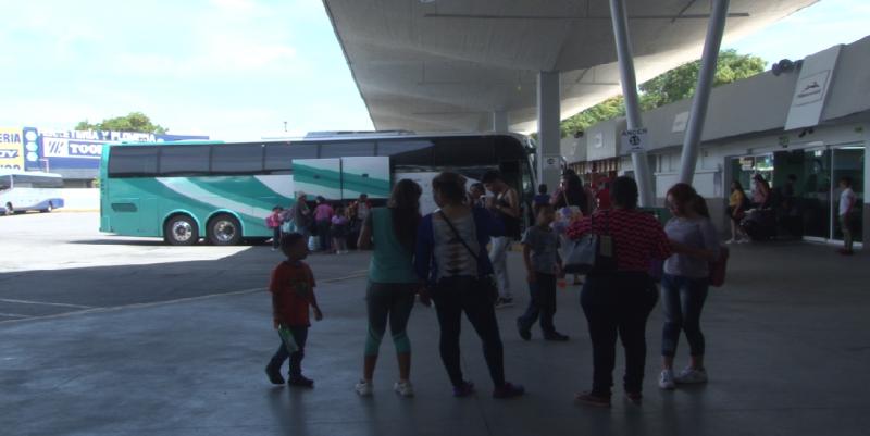 Se vive fuerte actividad en la Central Camionera de Mazatlán