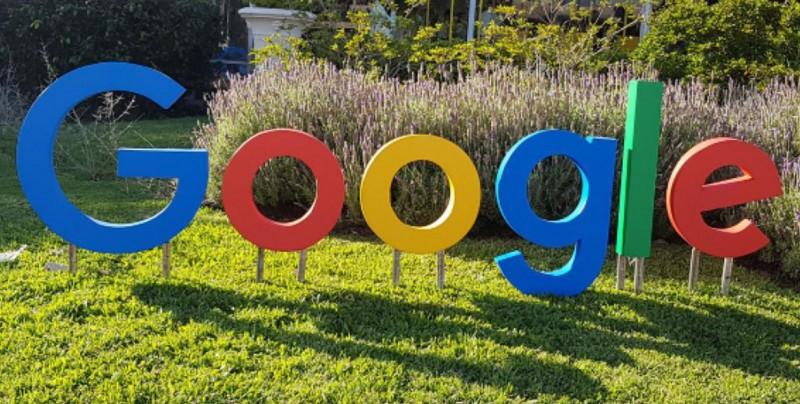 Google es multado por la Unión Europea por 5.000 millones de dólares