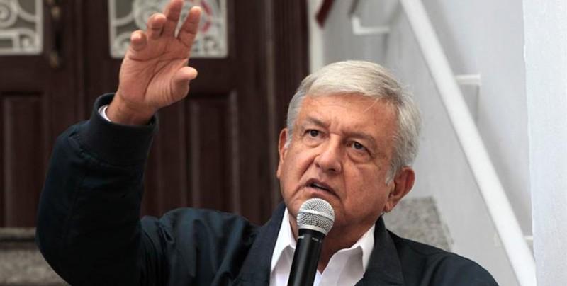 "Órgano electoral mexicano acusa a López Obrador de ""sobrerreaccionar"" a multa"