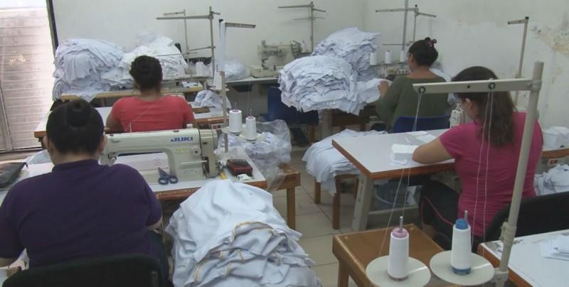El 8 de agosto iniciará la entrega de uniformes escolares