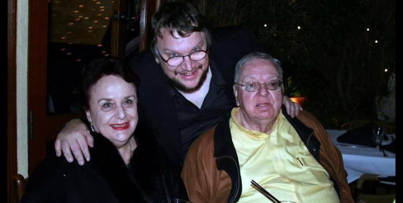 Fallece padre de Guillermo del Toro