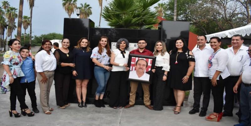 """Develaron placa del Centro Cultural de Costa Rica """"Dr. Urbano Martínez"""""""