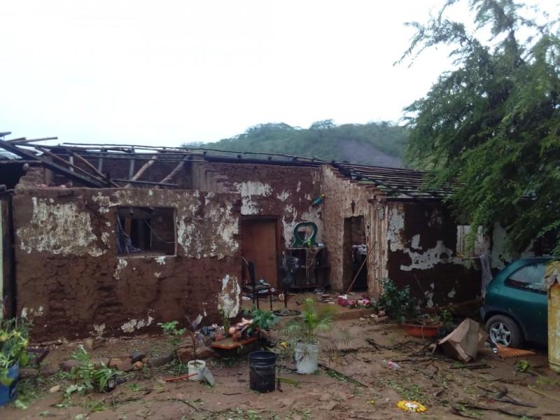 Turbonada deja sin techo a pobladores
