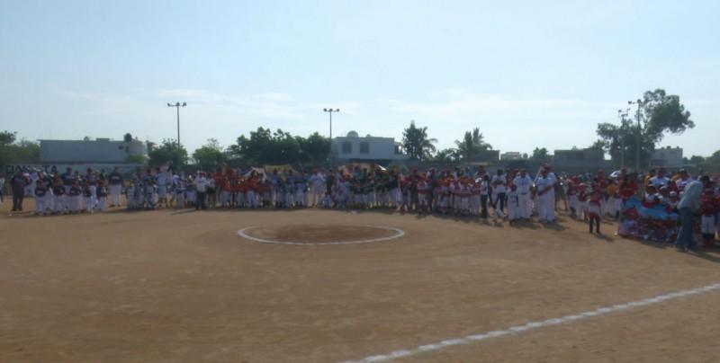 Inauguran el Torneo Nacional Pingüica en Mazatlán