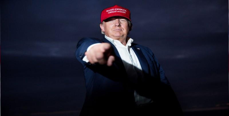 Trump y editor del New York Times se enzarzan con afirmaciones y desmentidos