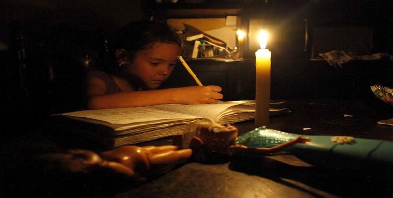 Gran parte de Caracas y zonas de estados vecinos se quedan sin luz