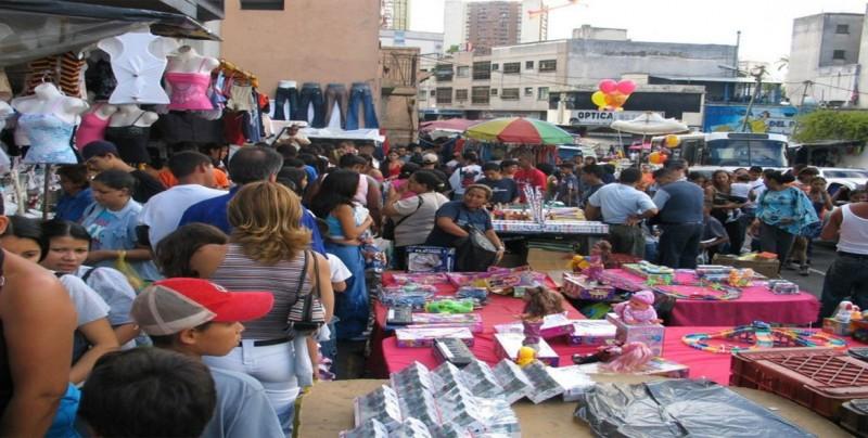 Bolivia defiende que es el país del mundo que más redujo la informalidad