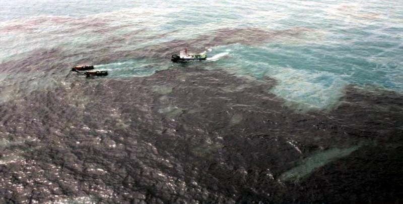 Francia lanza una misión para identificar sustancias químicas en los océanos